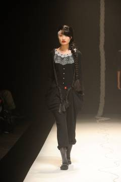 IN-PROCESS BY HALL OHARA 2010-2011 autumn & winter collection look 003