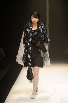 IN-PROCESS BY HALL OHARA 2010-2011 autumn & winter collection look 009